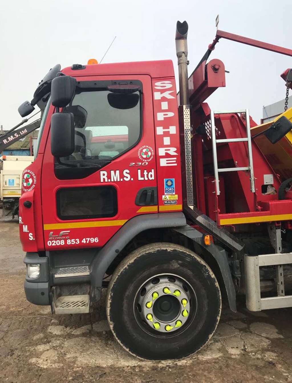 Rms Skip hire Lorry